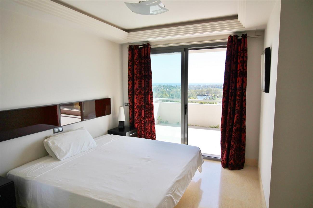 Luxury Apartment for sale Benahavis Spain (6) (Large)