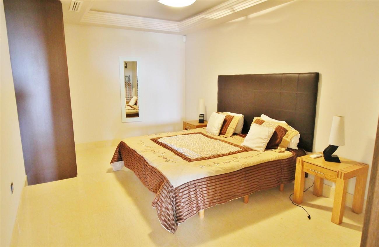 Luxury Apartment for sale Benahavis Spain (8) (Large)