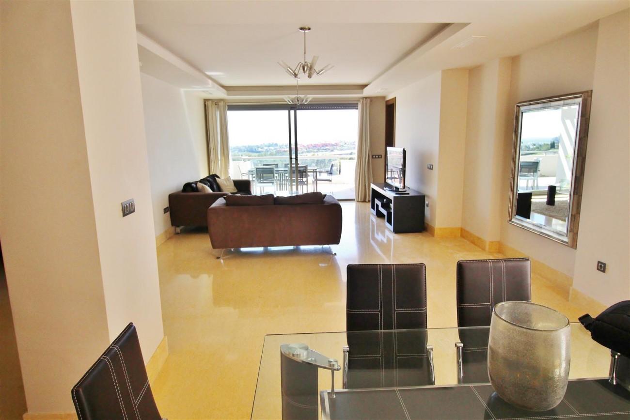 Luxury Apartment for sale Benahavis Spain (14) (Large)