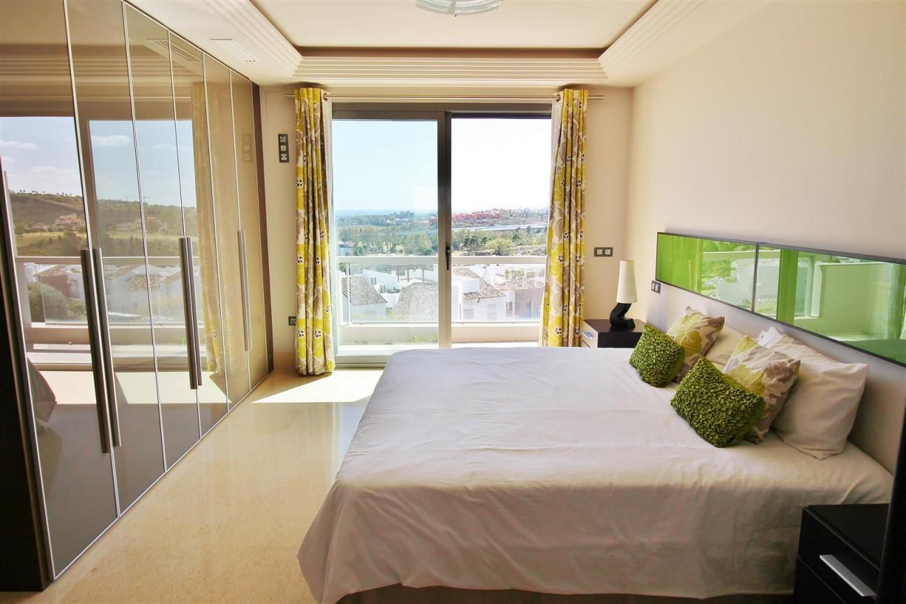 Luxury Apartment for sale Benahavis Spain (17) (Large)