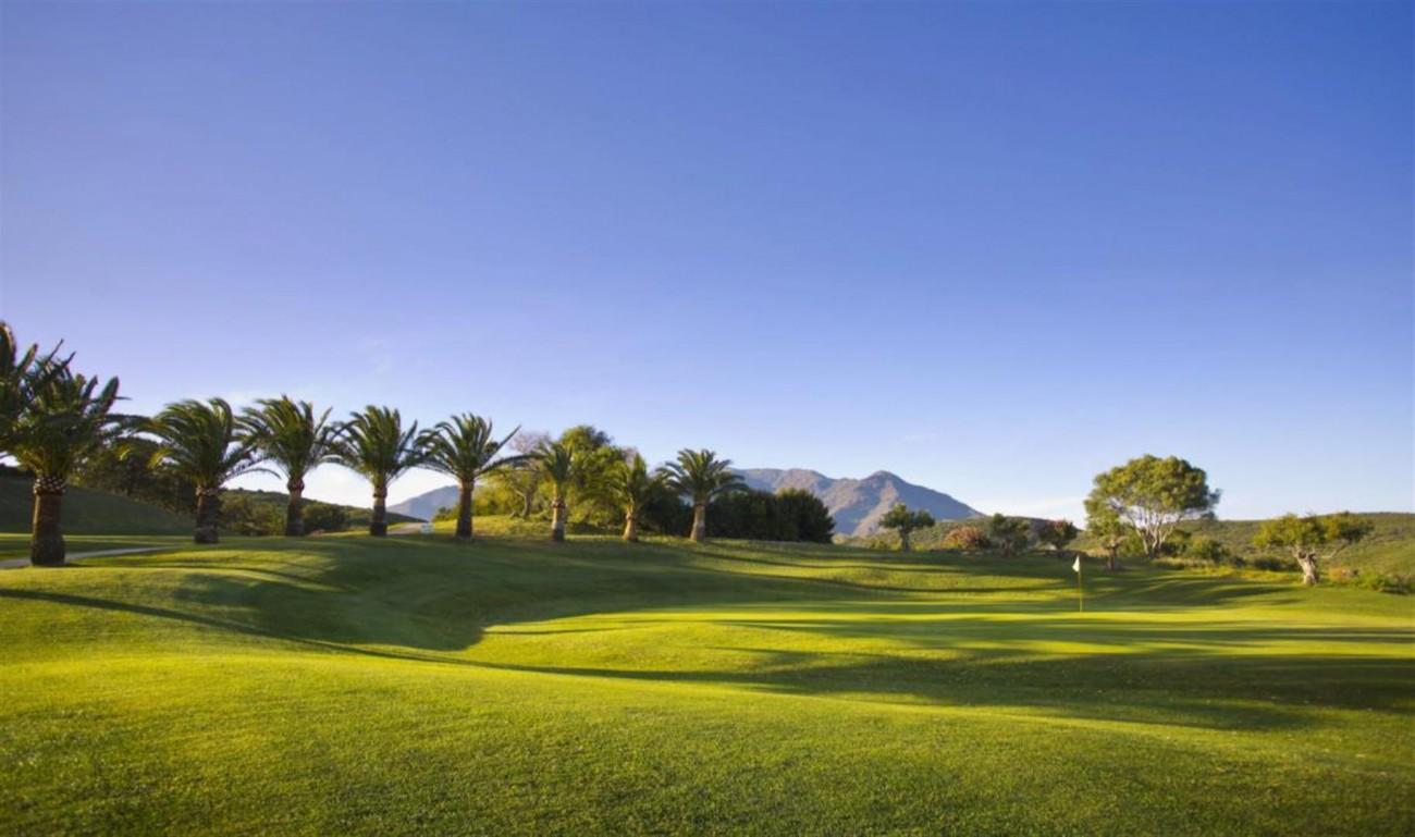 New Contemporary Development Frontline Golf Townhouses for sale Estepona Spain (14) (Large)