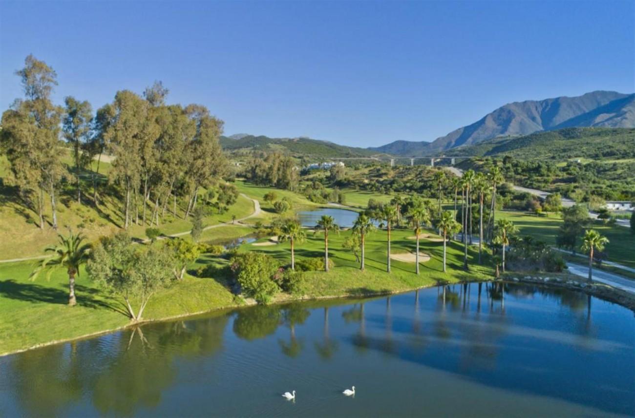 New Contemporary Development Frontline Golf Townhouses for sale Estepona Spain (15) (Large)