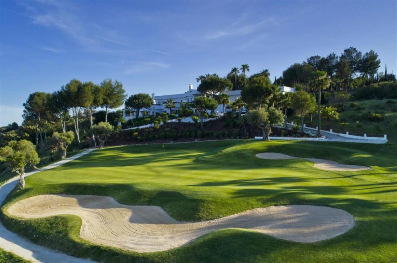 New Contemporary Development Frontline Golf Townhouses for sale Estepona Spain (16) (Large)