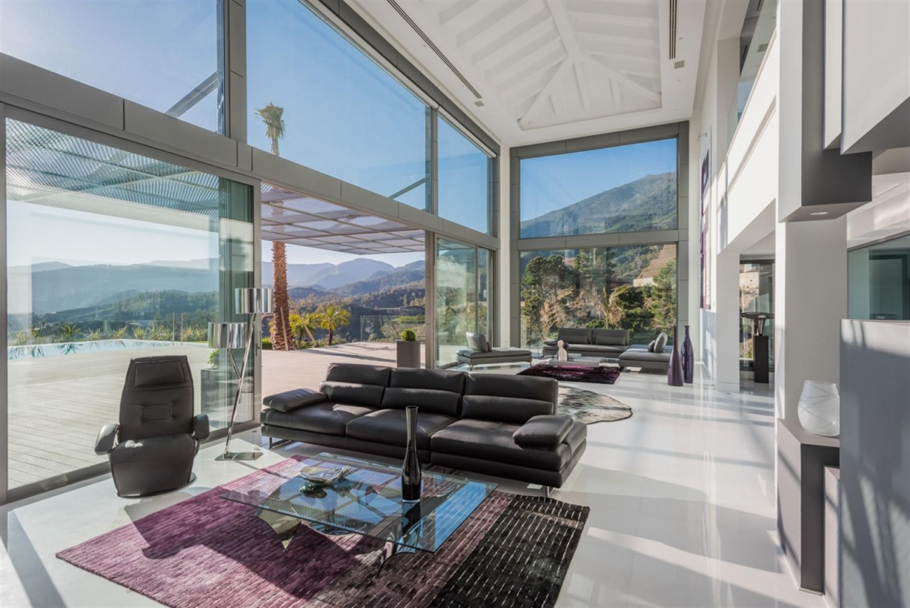 Luxury Contemporary Villa for sale La Zagaleta Benahavis Spain (8) (Large)