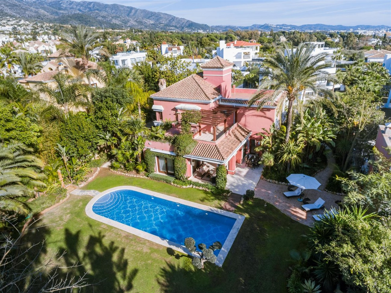 Luxury Villa for sale Marbella Golden Mile Spain (4) (Large)