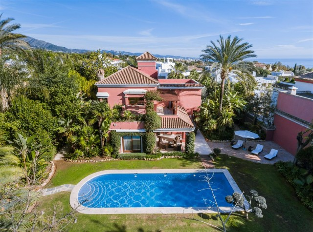 Villa for Sale - 2.990.000€ - Golden Mile, Costa del Sol - Ref: 5868