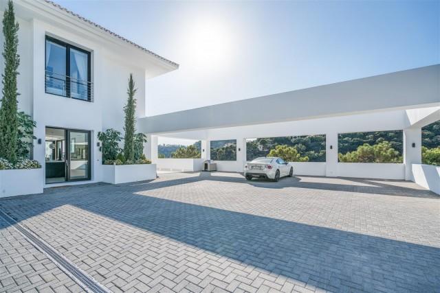 Luxury Villa for Sale La Zagaleta Benahavis Spain (4) (Large)