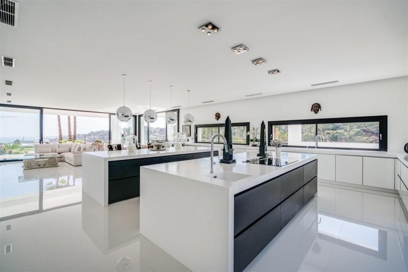 Luxury Villa for Sale La Zagaleta Benahavis Spain (8) (Large)