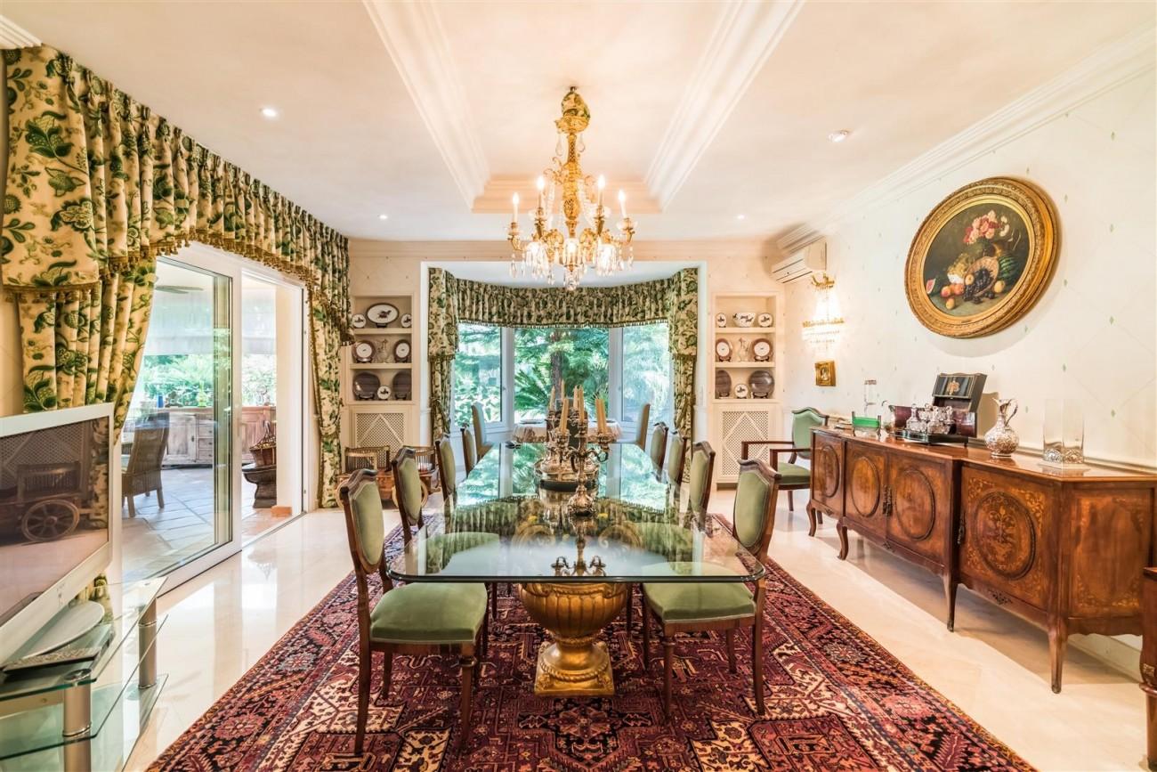 Luxury Beachside Villa for sale Marbella West Spain (7) (Large)