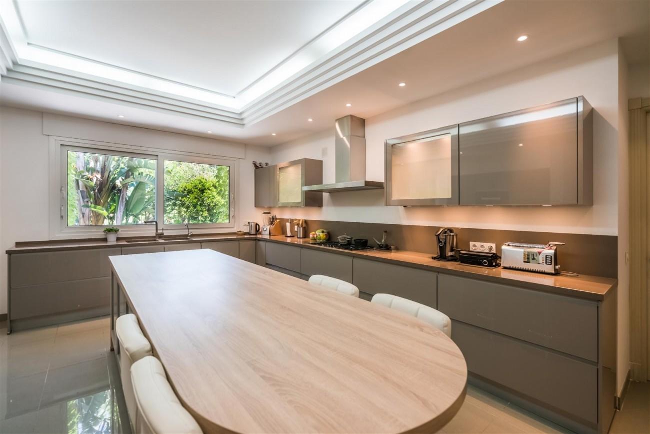 Luxury Beachside Villa for sale Marbella West Spain (9) (Large)