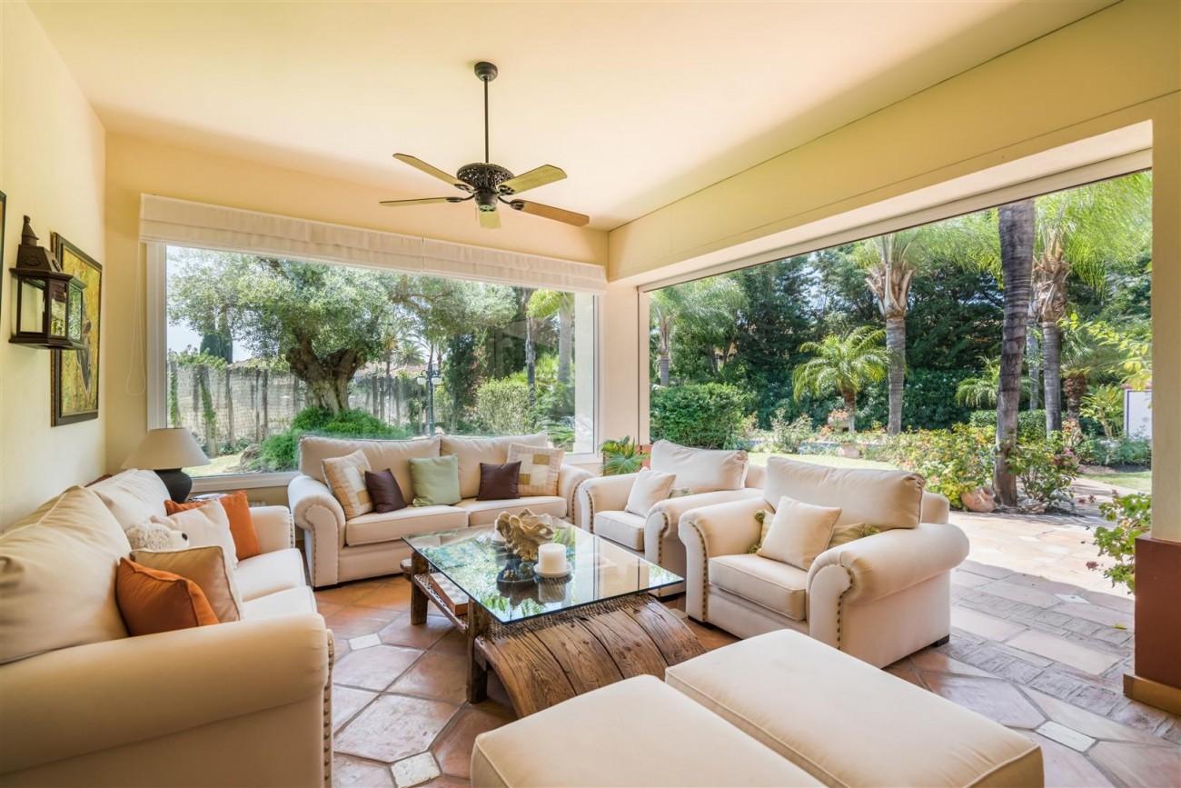 Luxury Beachside Villa for sale Marbella West Spain (19) (Large)