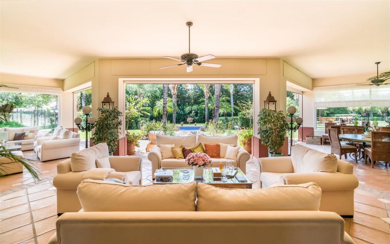 Luxury Beachside Villa for sale Marbella West Spain (29) (Large)