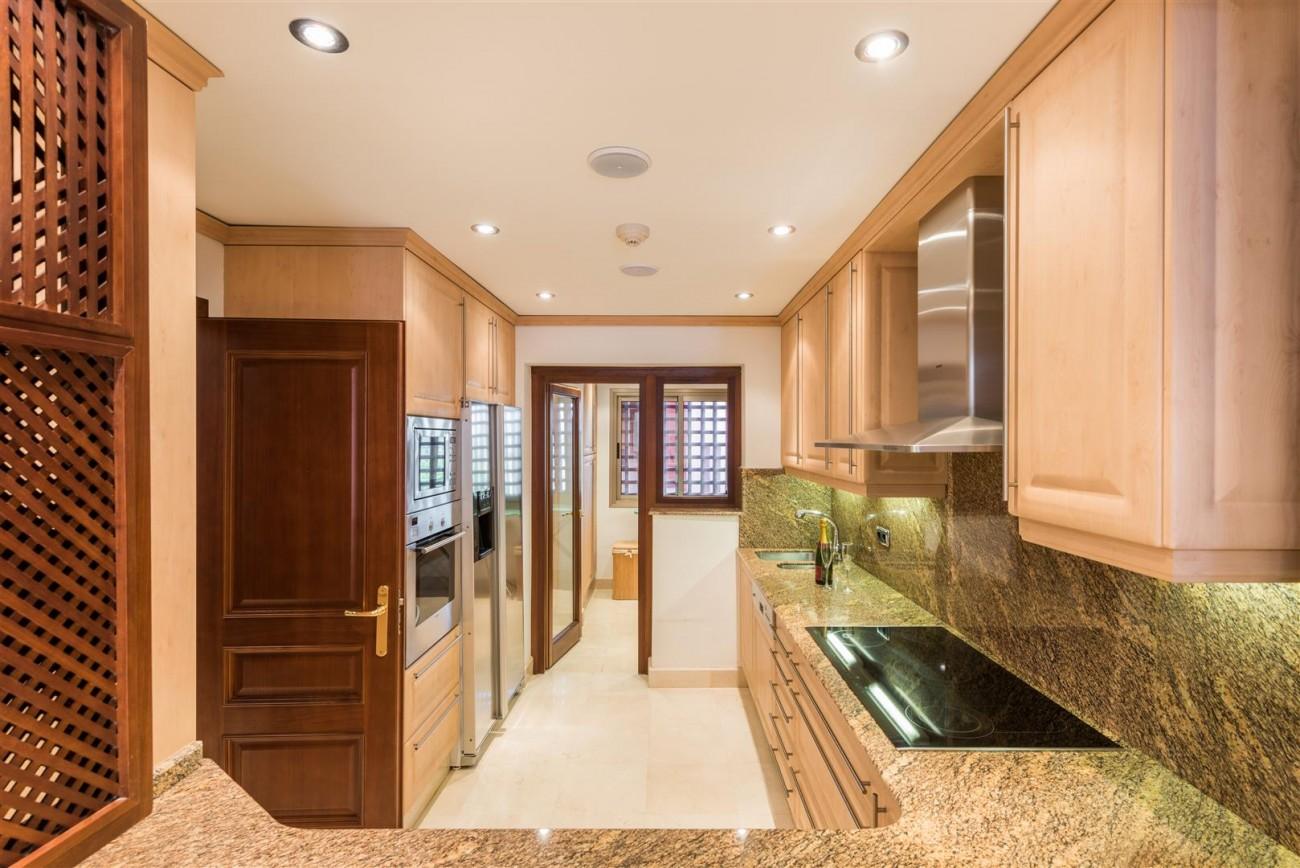 Beachfront Luxury Penthouse for sale Estepona Spain (8) (Large)