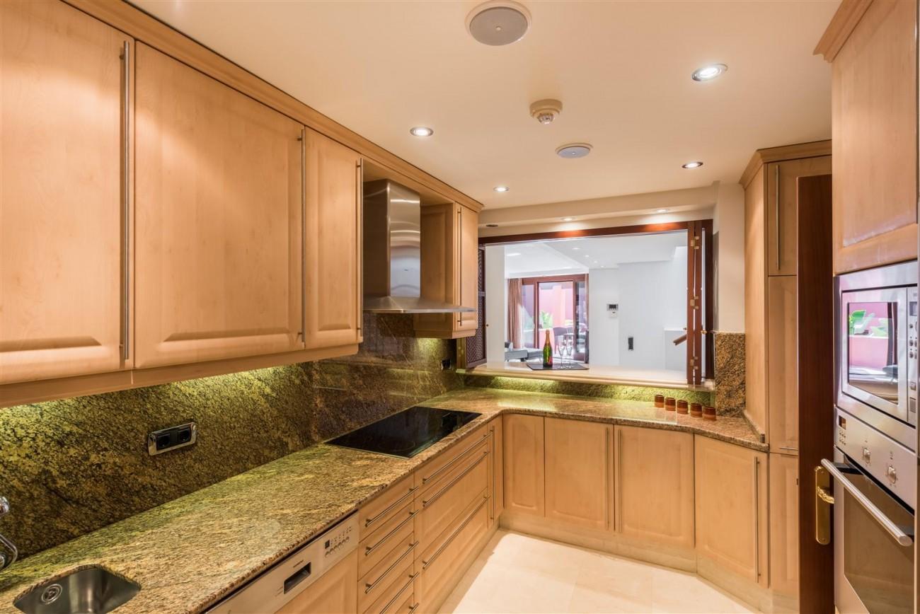 Beachfront Luxury Penthouse for sale Estepona Spain (9) (Large)