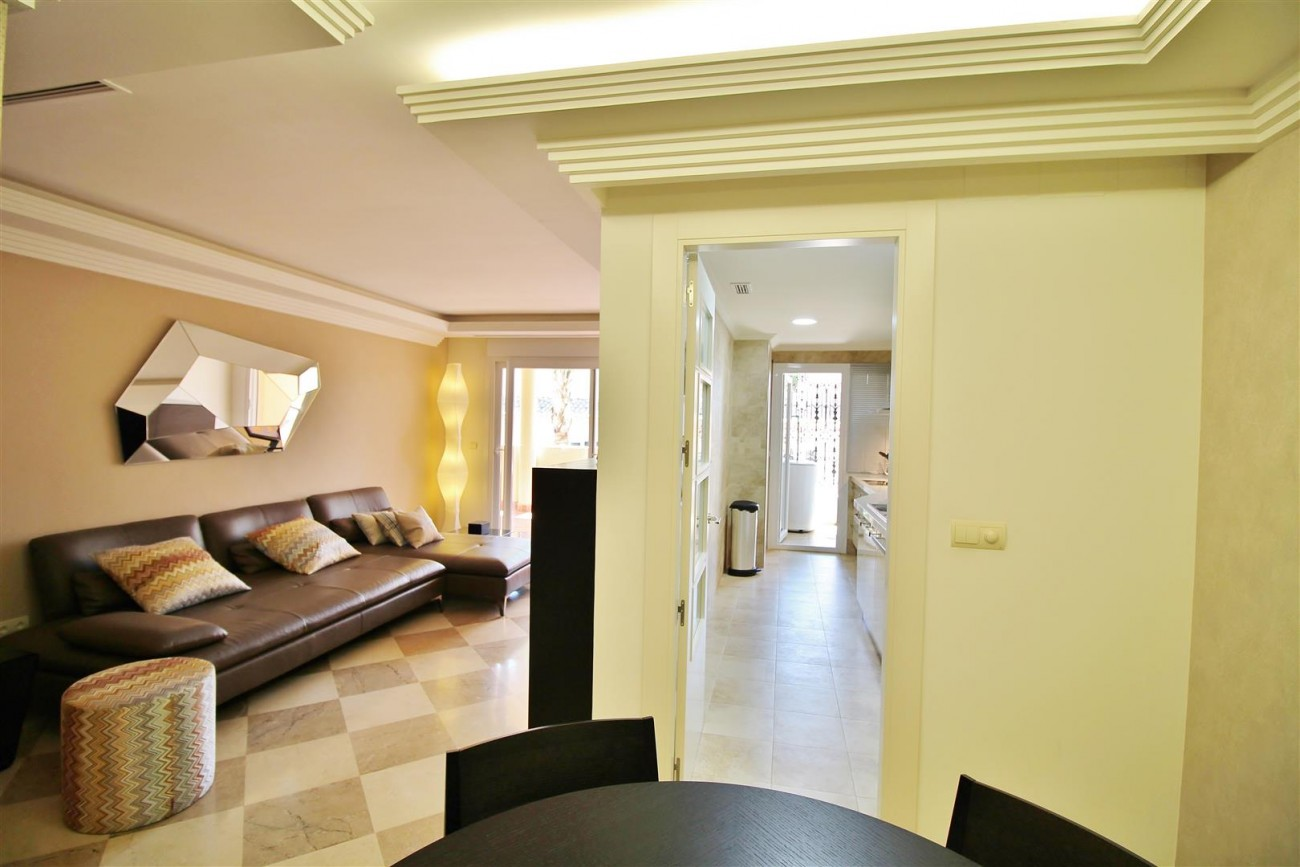 Luxury 2 beds Apartment for sale Nueva Andalucia Marbella Spain (8) (Large)
