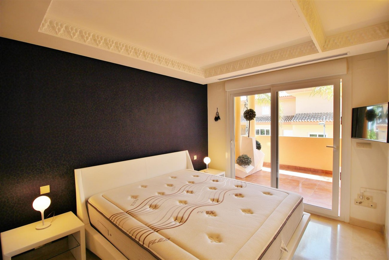 Luxury 2 beds Apartment for sale Nueva Andalucia Marbella Spain (15) (Large)