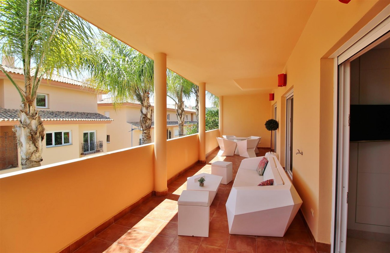 Luxury 2 beds Apartment for sale Nueva Andalucia Marbella Spain (17) (Large)