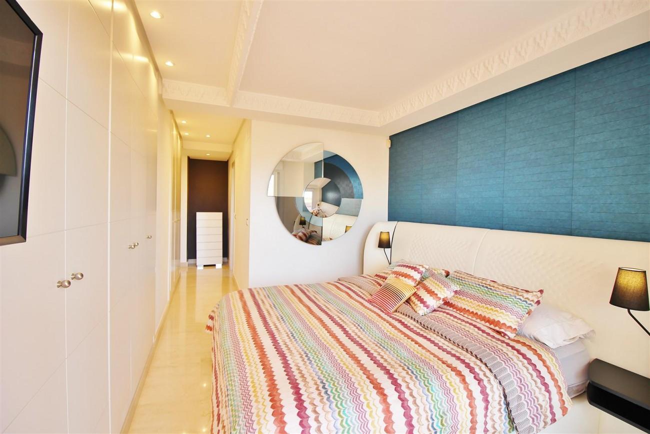 Elegant apartment for sale in Nueva Andalucia Marbella Spain (10) (Large)
