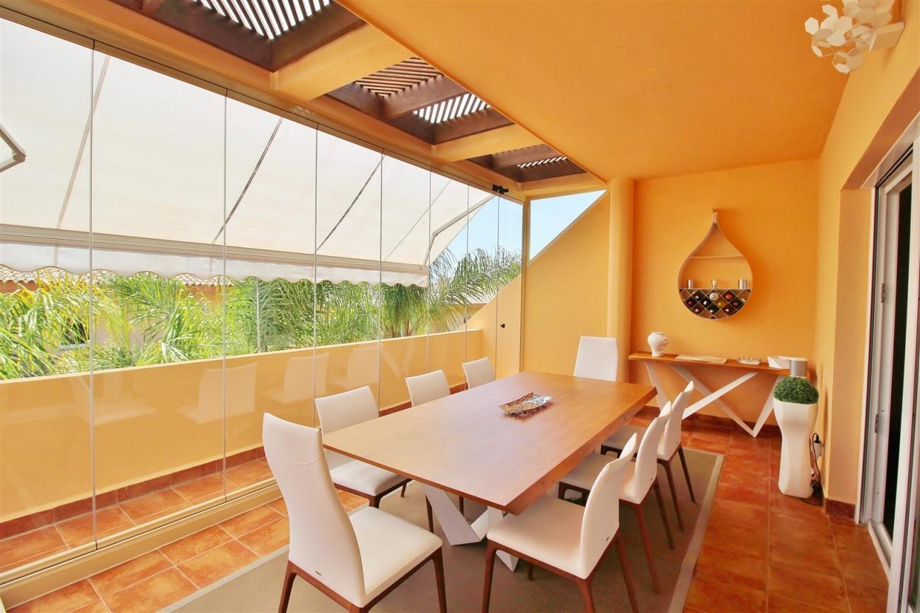 Elegant apartment for sale in Nueva Andalucia Marbella Spain (16) (Large)