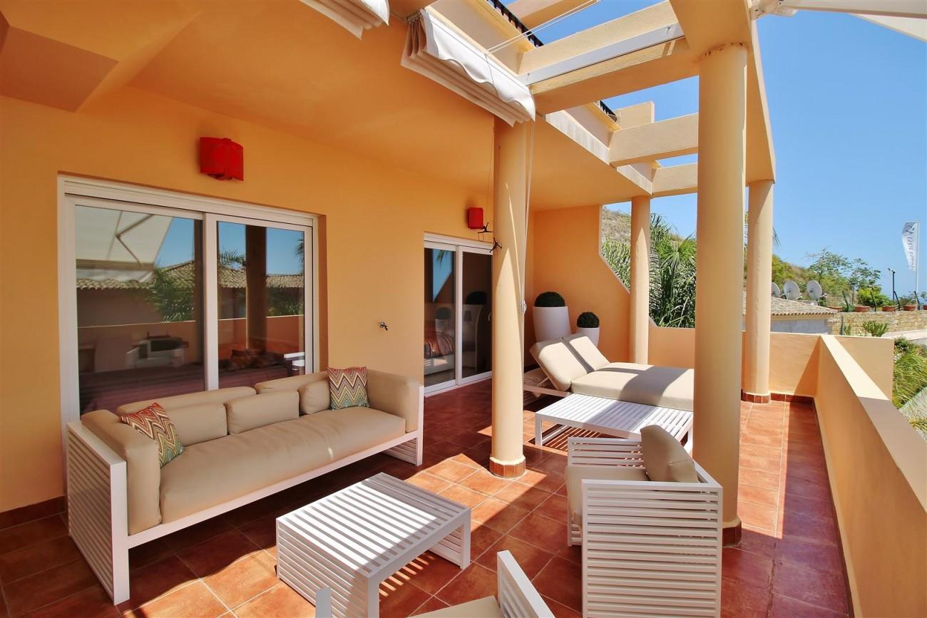 Elegant apartment for sale in Nueva Andalucia Marbella Spain (20) (Large)