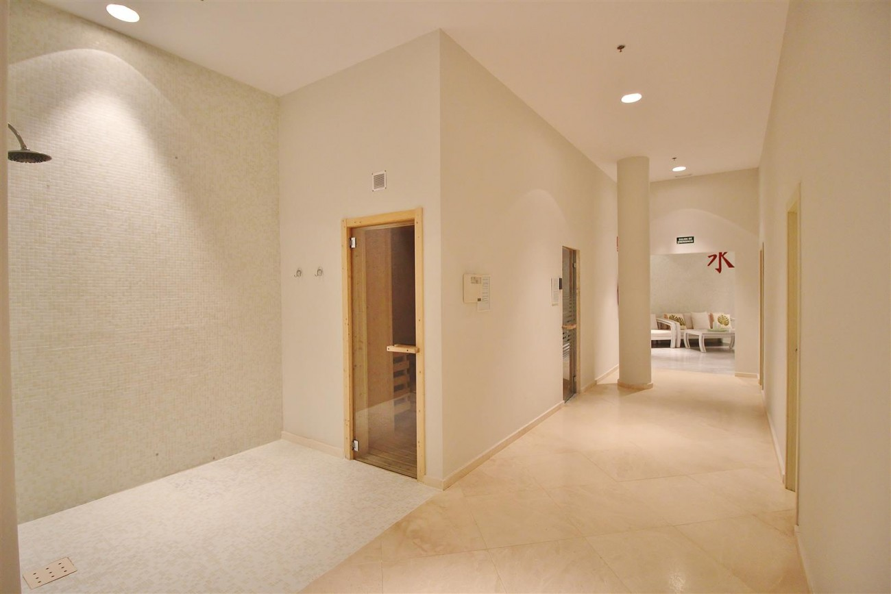 Luxury Contemporary Townhouse for sale Marbella Golden Mile Spain (18) (Large)