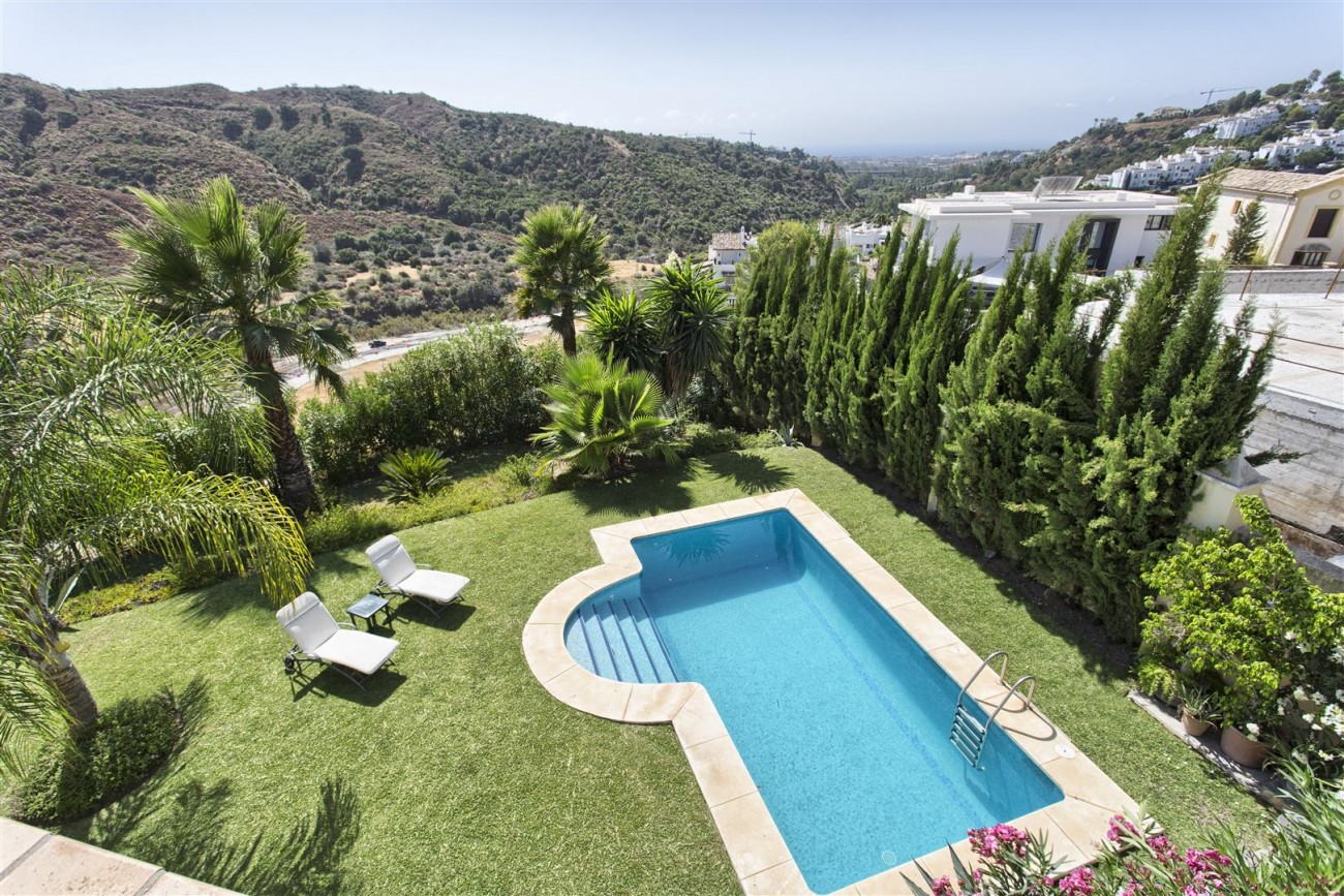 Luxury Villa for sale Benahavis Spain (15) (Large)