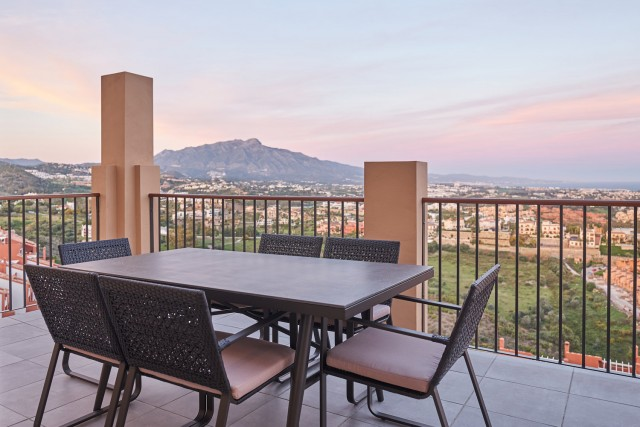 Penthouse for Sale - from 315.000€ - Benahavís, Costa del Sol - Ref: 5878