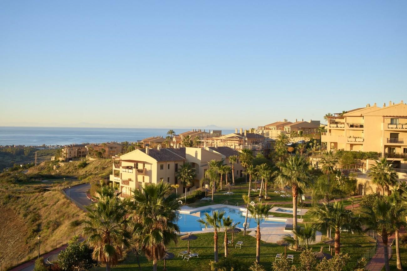 Luxury Apartments for sale Benahavis Spain (15)