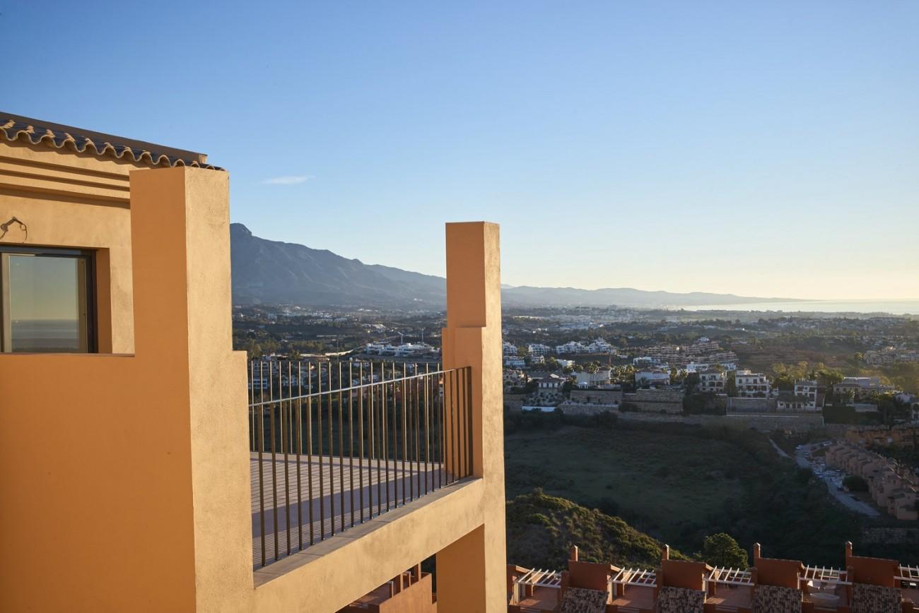 Luxury Apartments for sale Benahavis Spain (17)