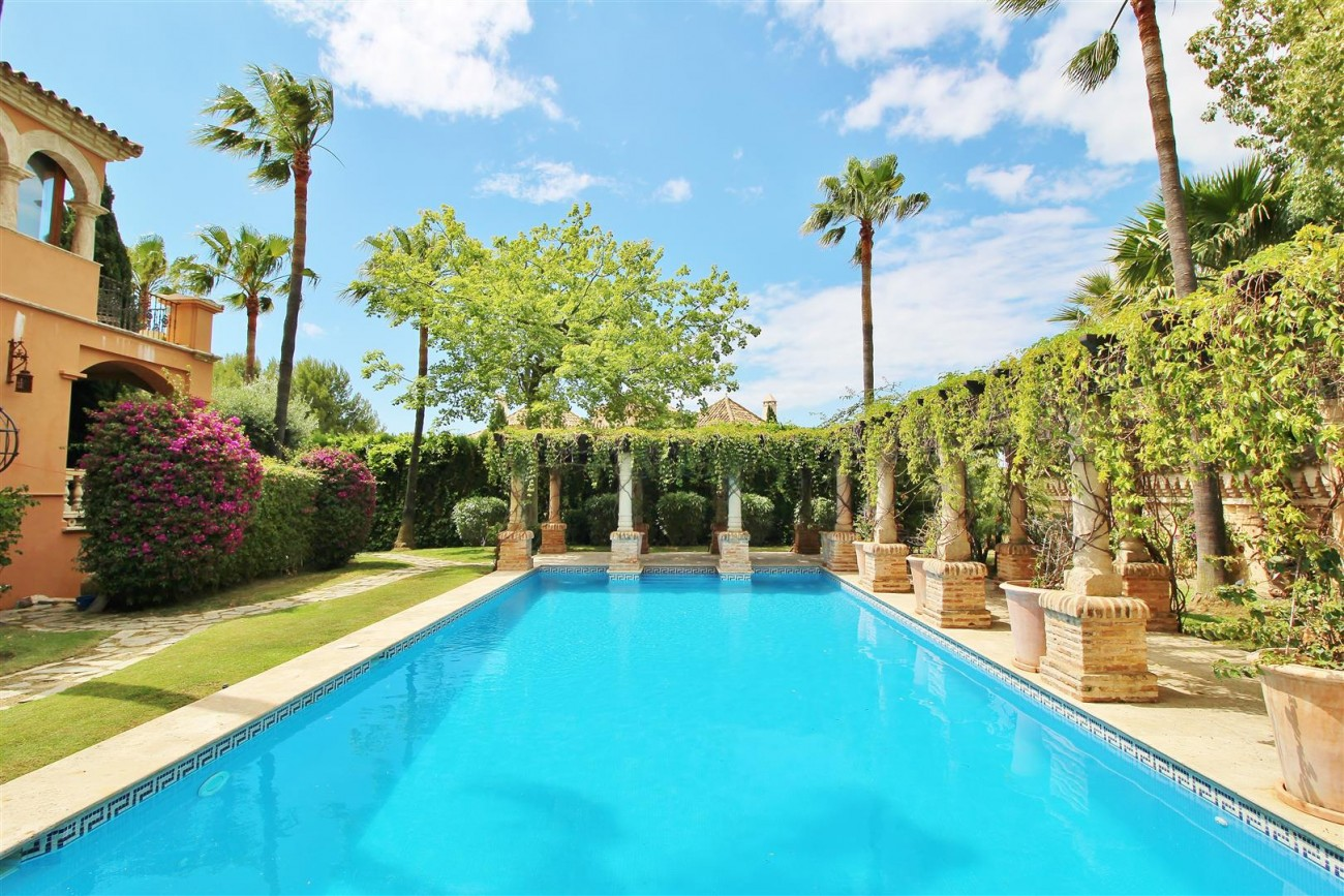 Luxury Villa for sale Sierra Blanca Marbella Spain (1) (Large)