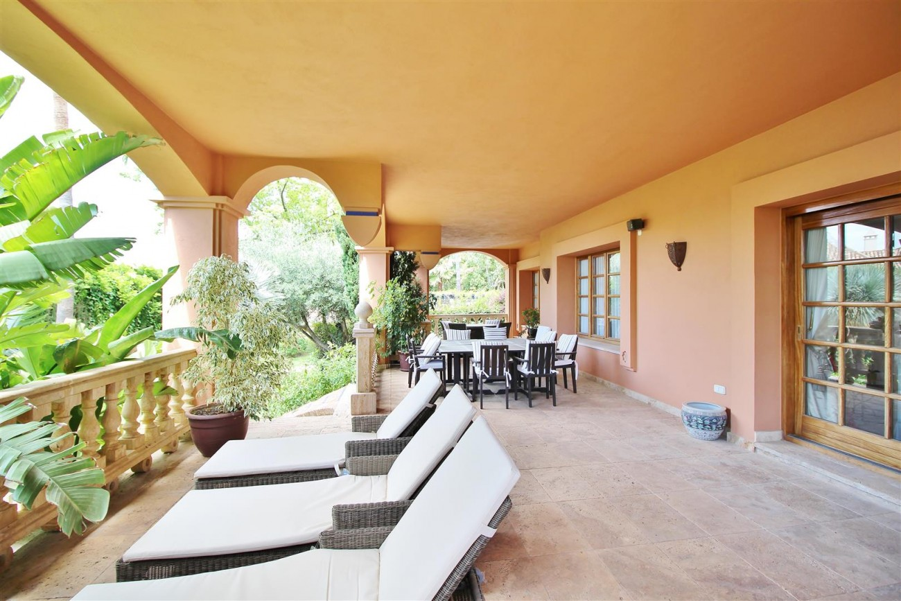 Luxury Villa for sale Sierra Blanca Marbella Spain (2) (Large)