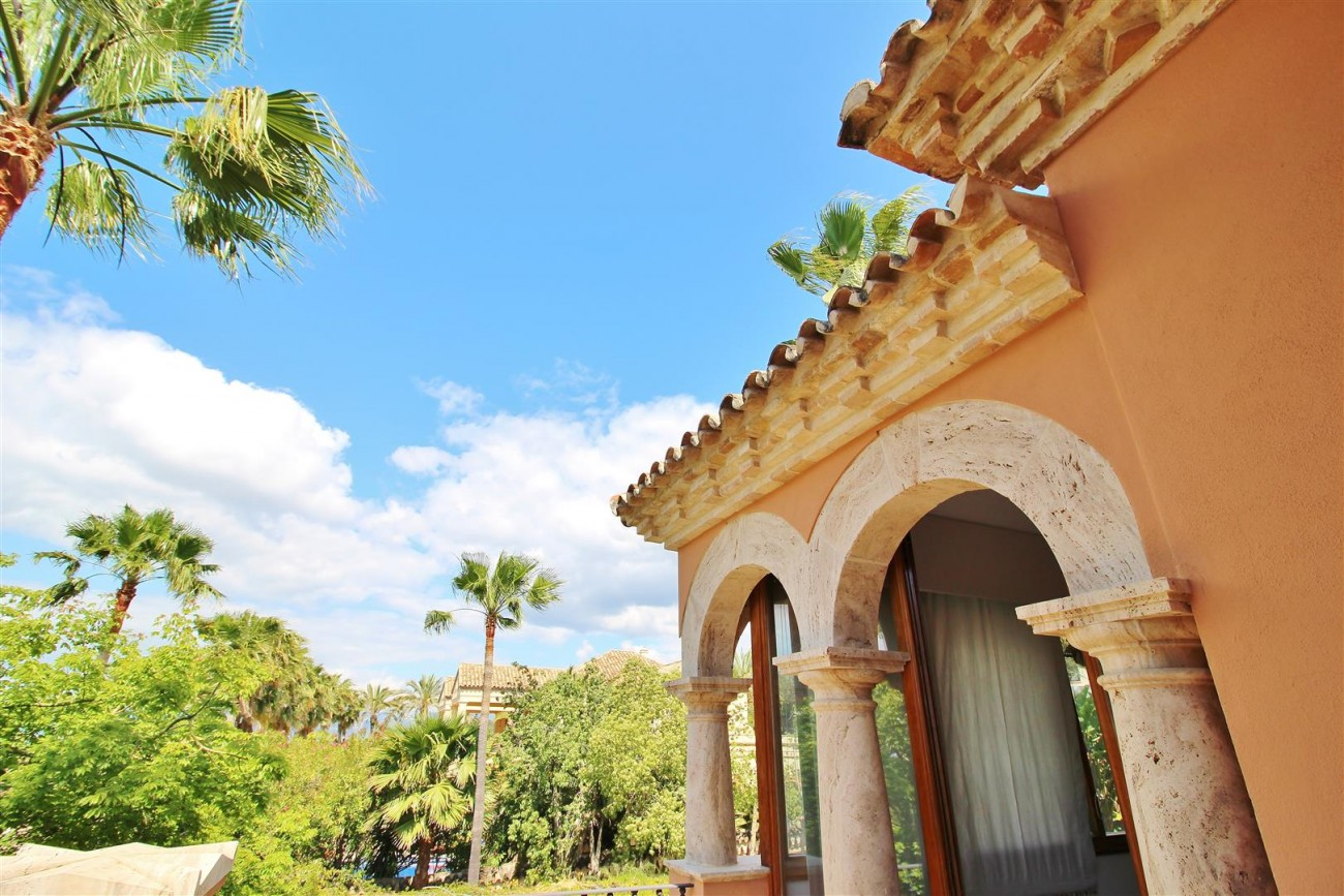 Luxury Villa for sale Sierra Blanca Marbella Spain (56) (Large)