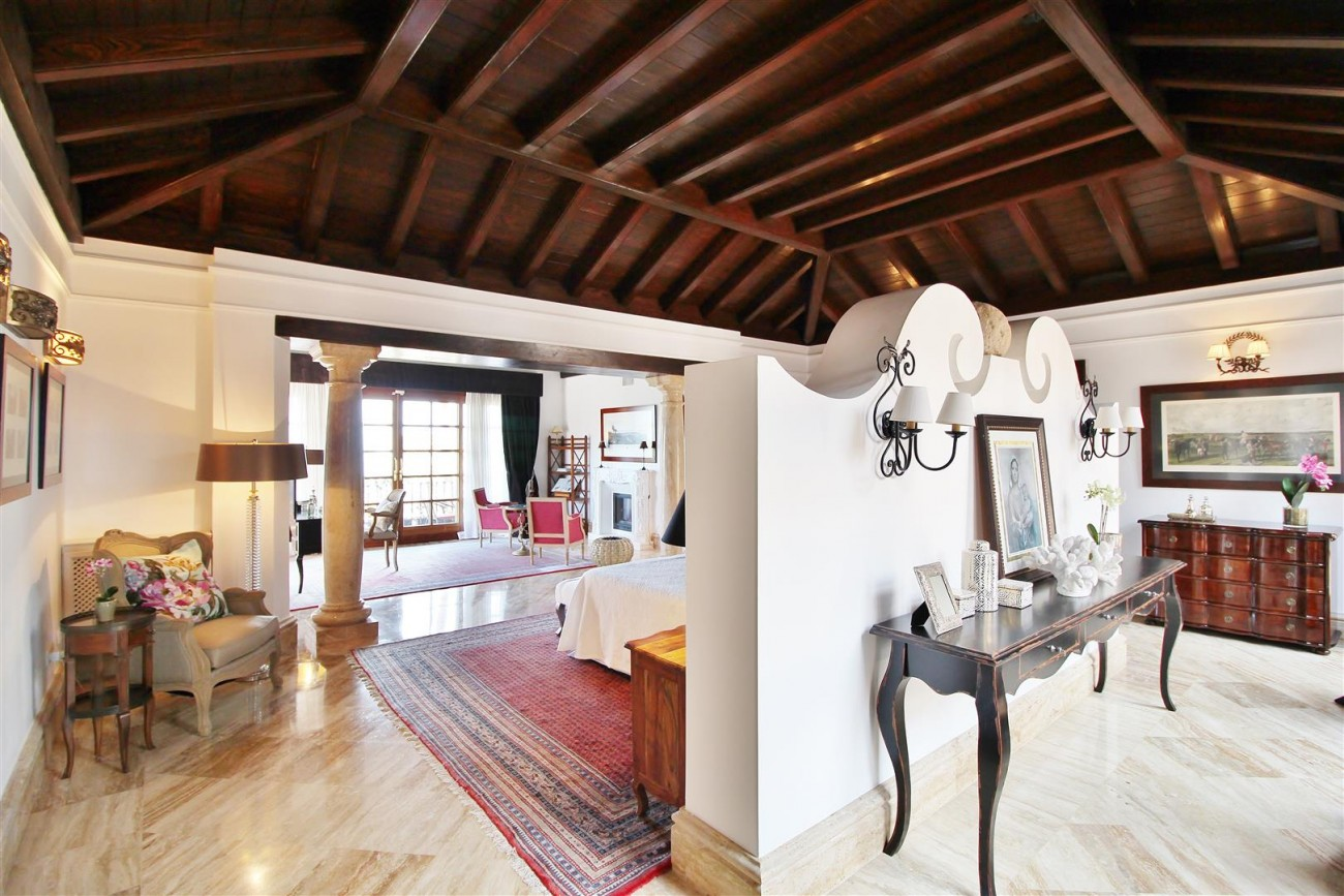 Luxury Villa for sale Sierra Blanca Marbella Spain (62) (Large)