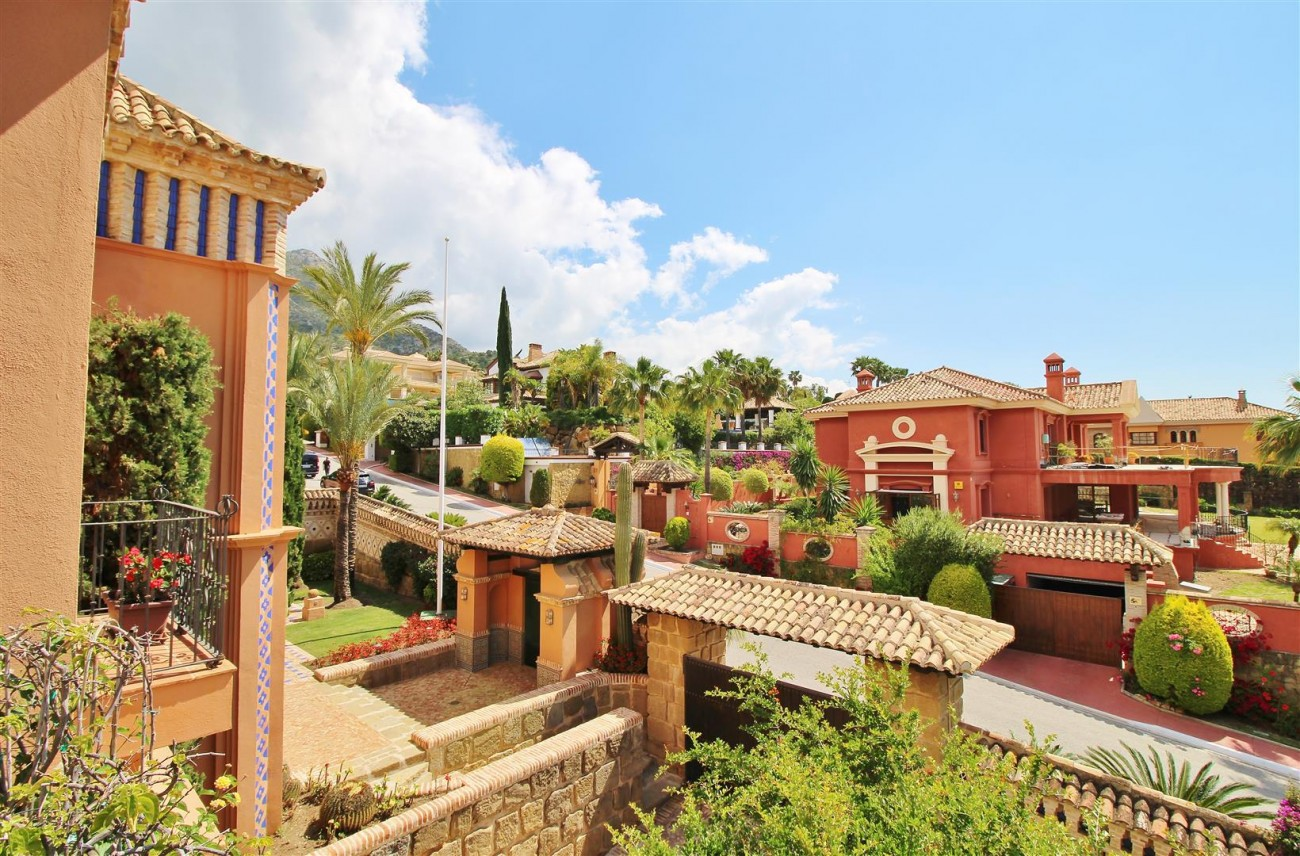 Luxury Villa for sale Sierra Blanca Marbella Spain (66) (Large)