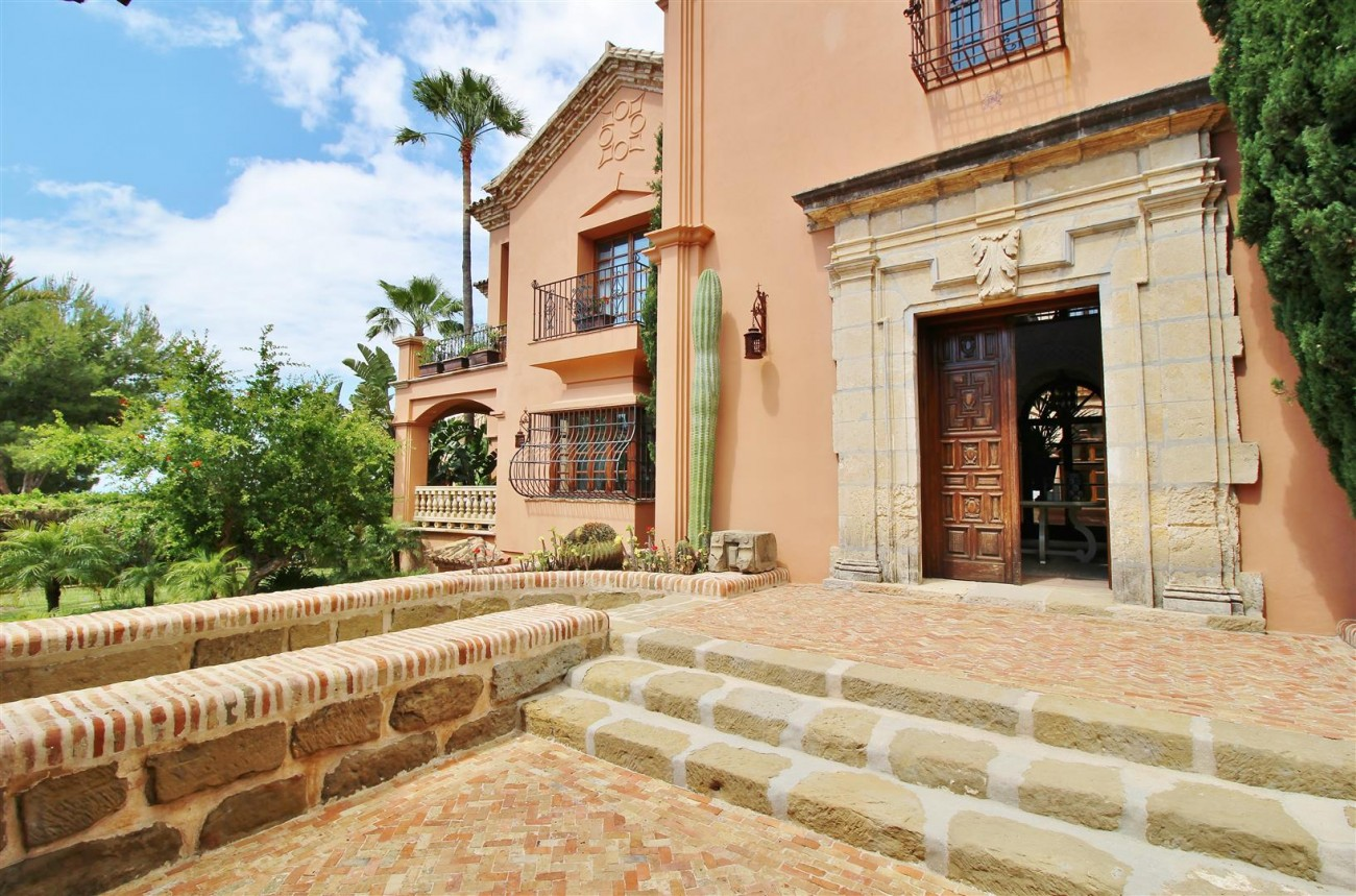 Luxury Villa for sale Sierra Blanca Marbella Spain (76) (Large)