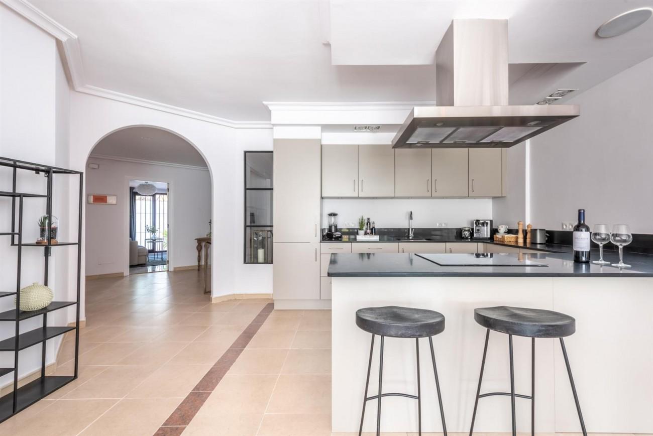 Apartment for sale Nueva Andalucia Marbella Spain (6) (Large)