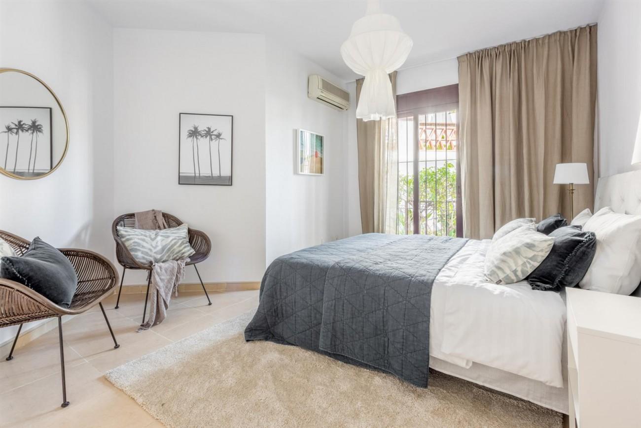 Apartment for sale Nueva Andalucia Marbella Spain (15) (Large)