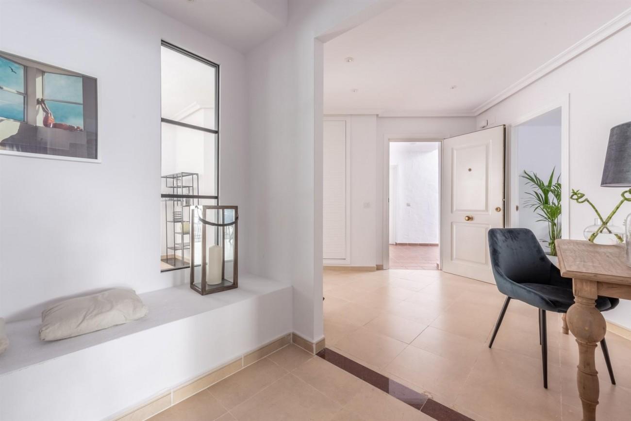 Apartment for sale Nueva Andalucia Marbella Spain (18) (Large)