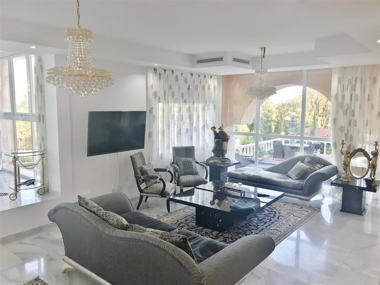 Villa for sale Nueva Andalucia Marbella Spain (3) (Large)
