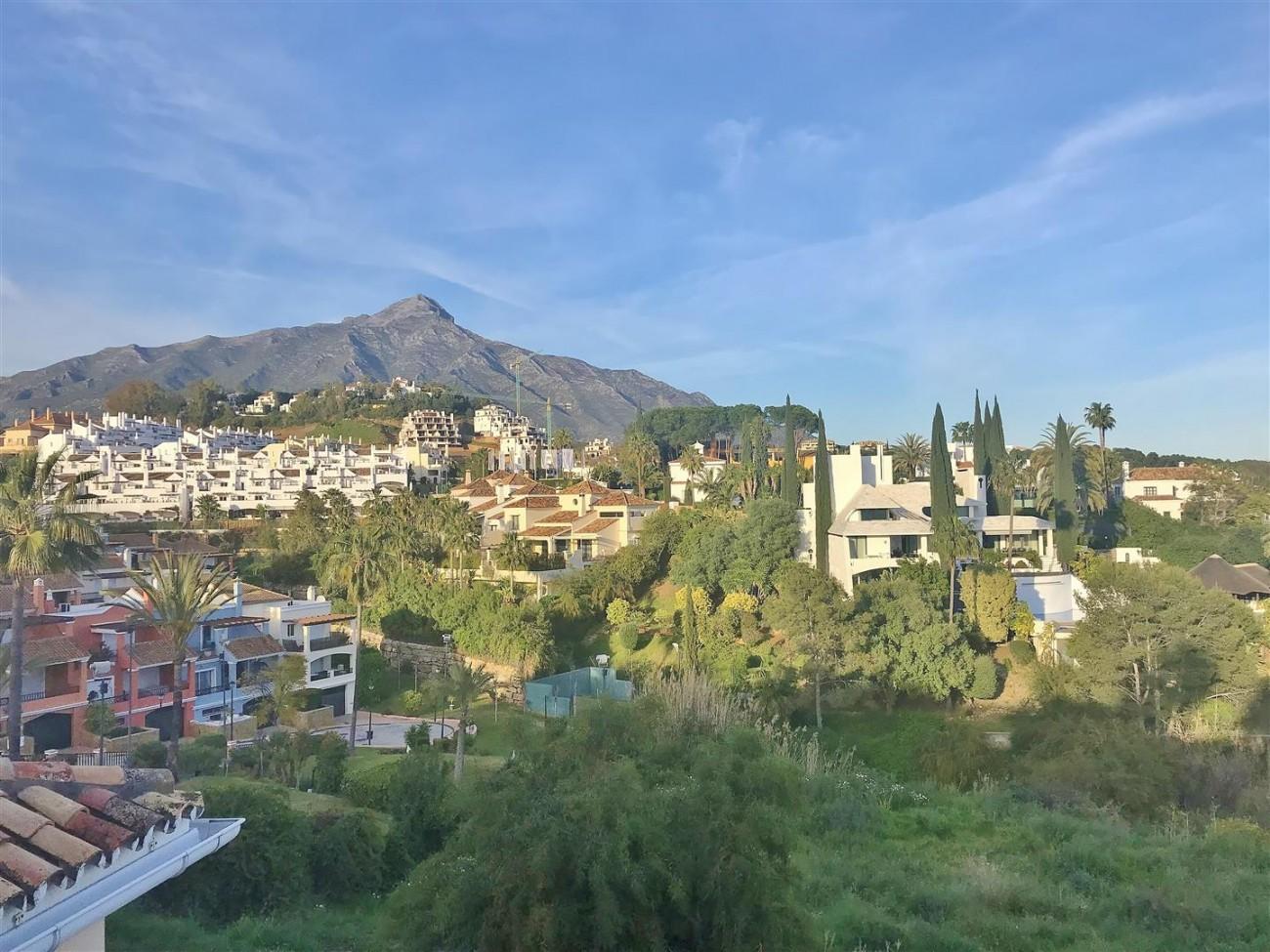 Villa for sale Nueva Andalucia Marbella Spain (19) (Large)