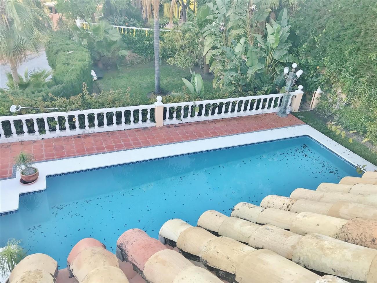 Villa for sale Nueva Andalucia Marbella Spain (20) (Large)