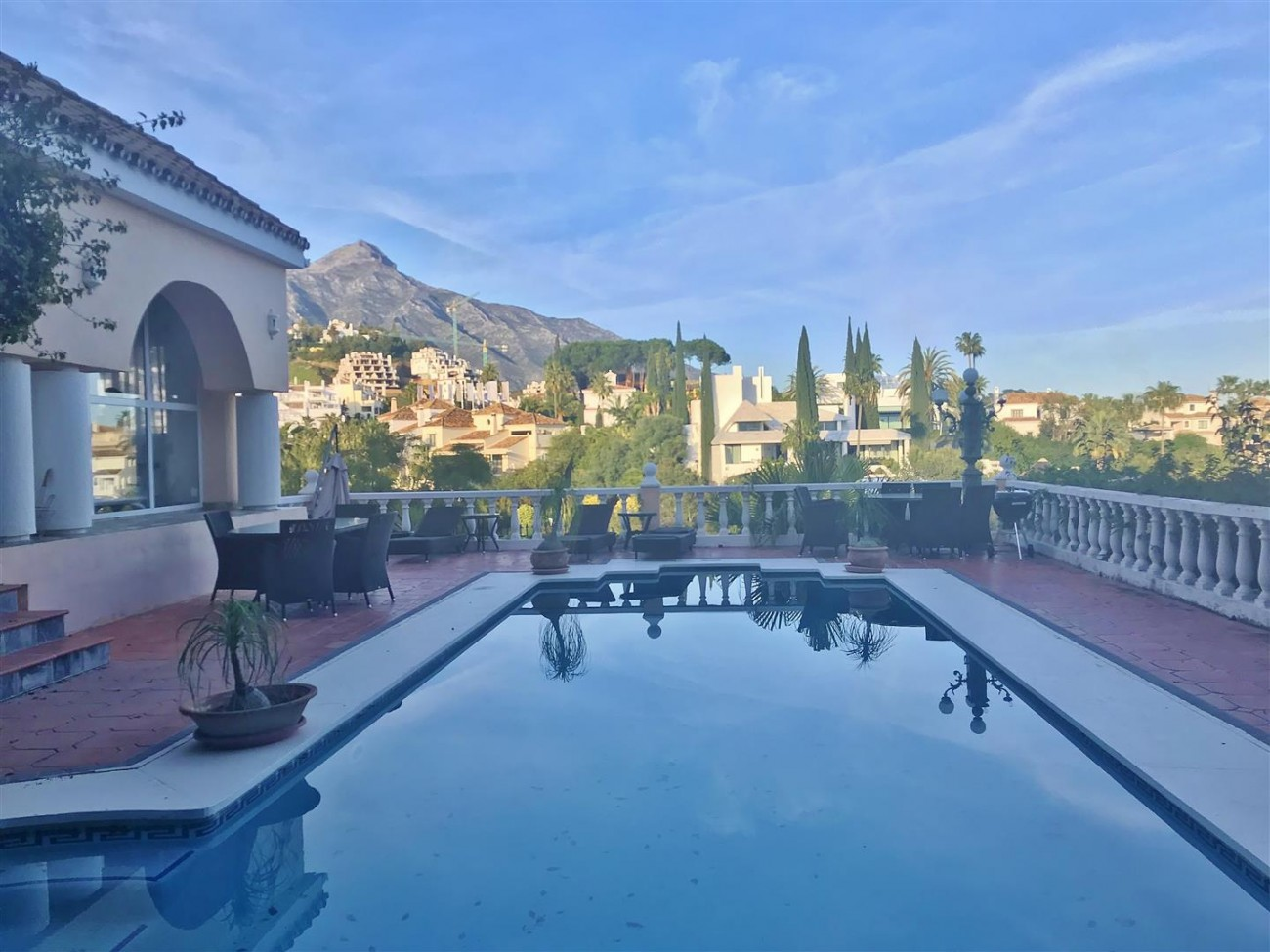Villa for sale Nueva Andalucia Marbella Spain (24) (Large)