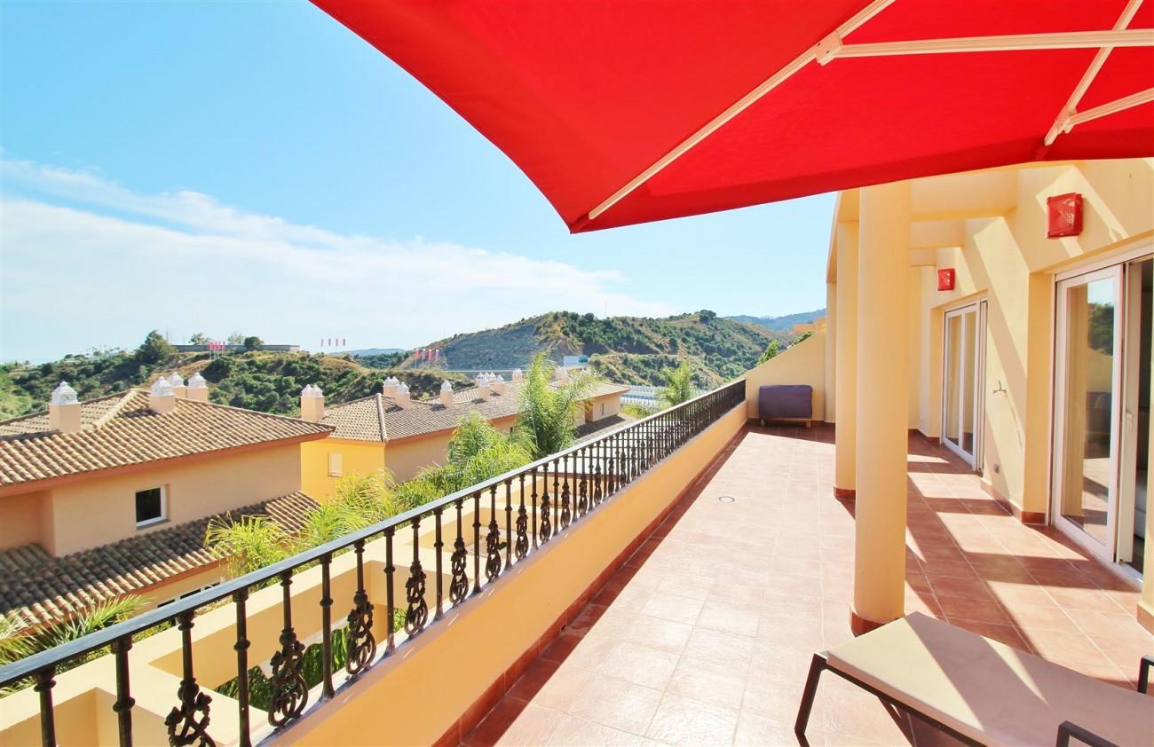 Beautiful 2 Beds Penthouse Duplex for rent Nueva Andalucia Marbella Spain (1) (Large)