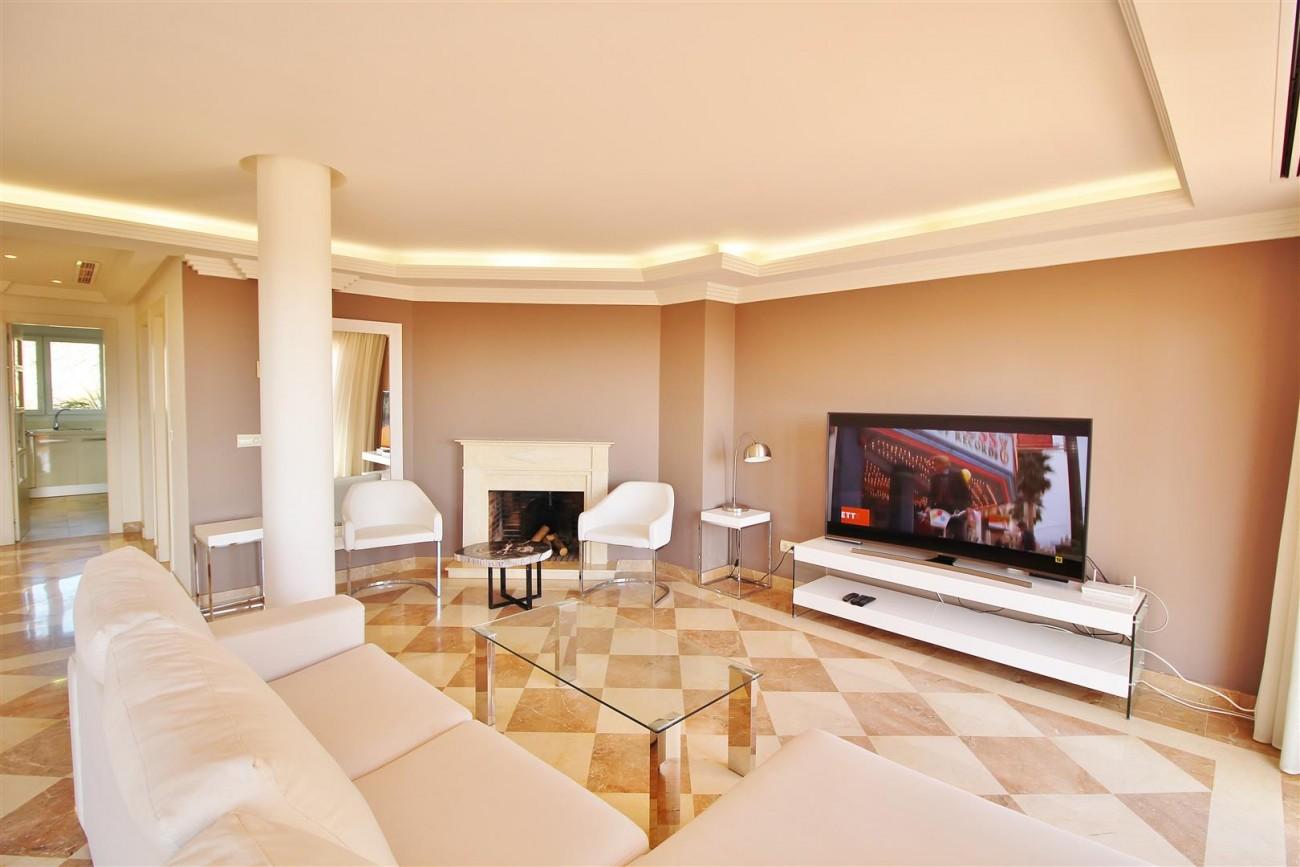 Beautiful 2 Beds Penthouse Duplex for rent Nueva Andalucia Marbella Spain (3) (Large)