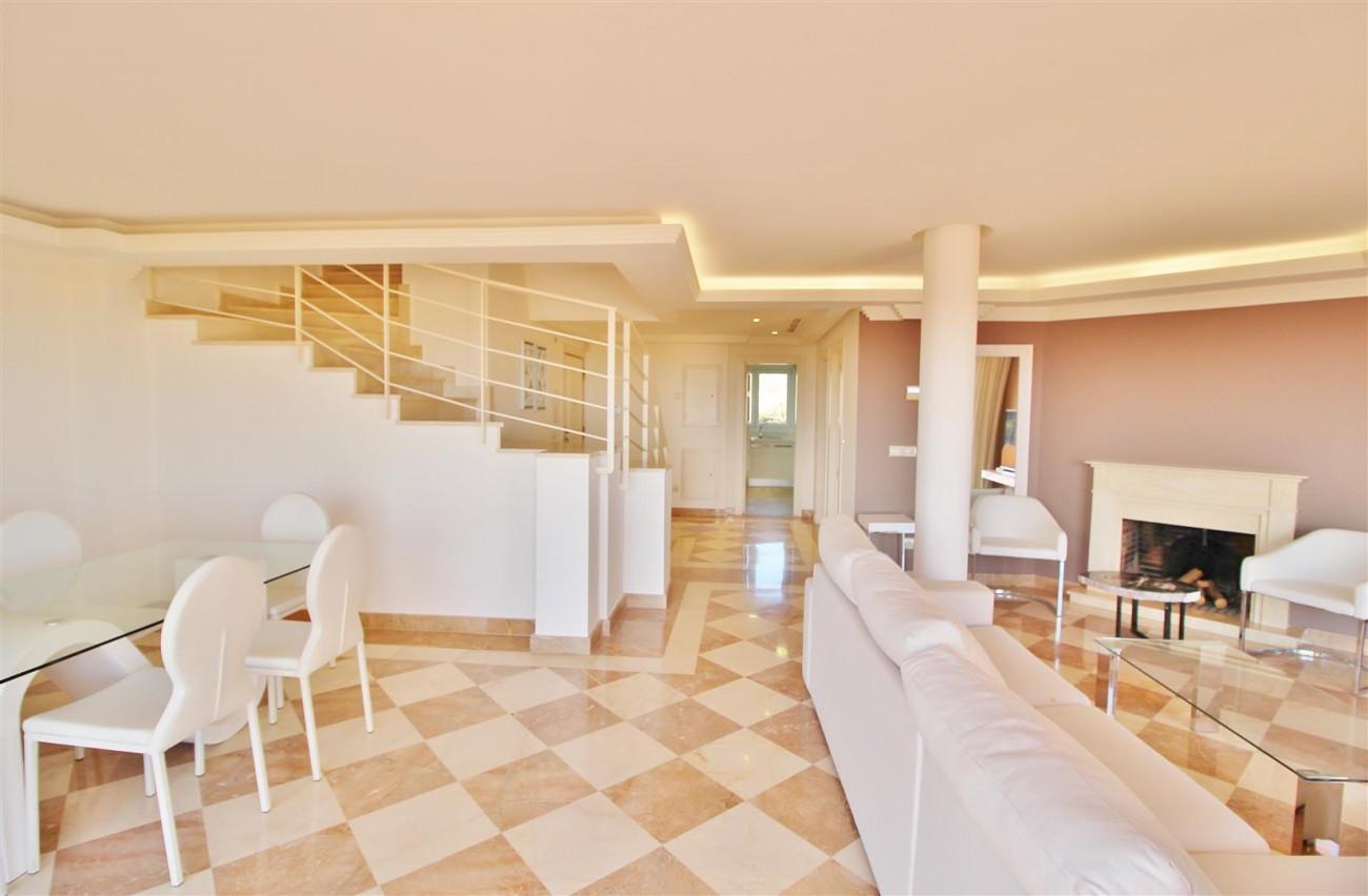 Beautiful 2 Beds Penthouse Duplex for rent Nueva Andalucia Marbella Spain (4) (Large)