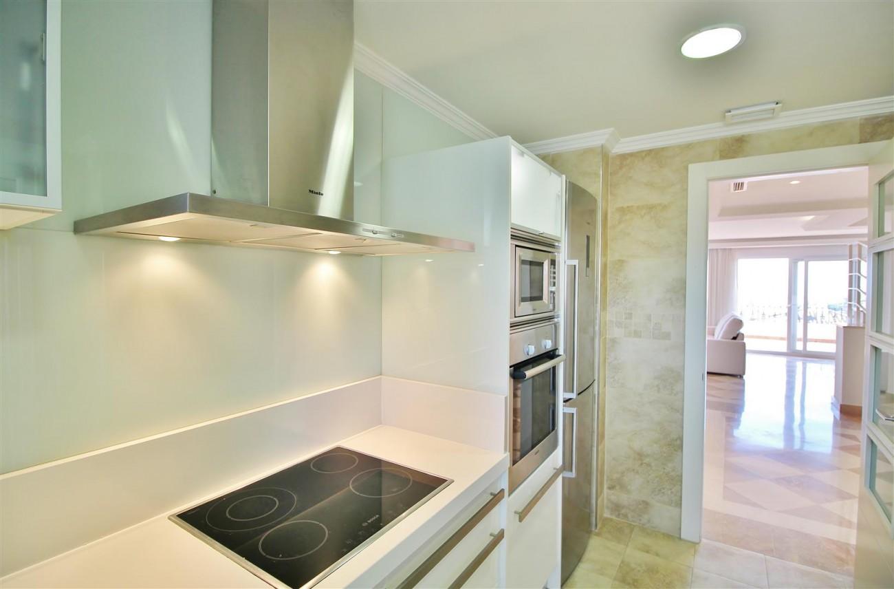 Beautiful 2 Beds Penthouse Duplex for rent Nueva Andalucia Marbella Spain (8) (Large)