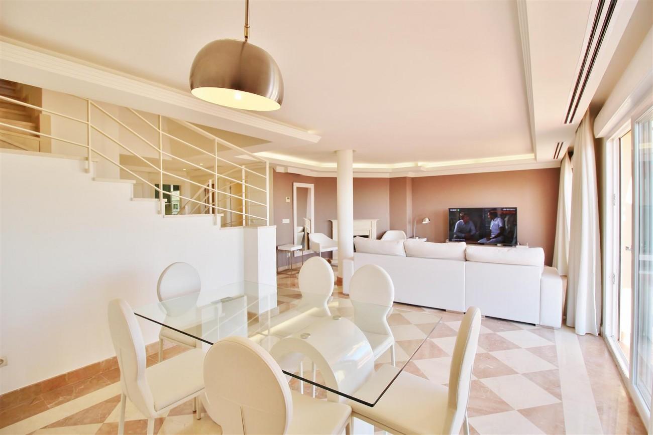 Beautiful 2 Beds Penthouse Duplex for rent Nueva Andalucia Marbella Spain (19) (Large)