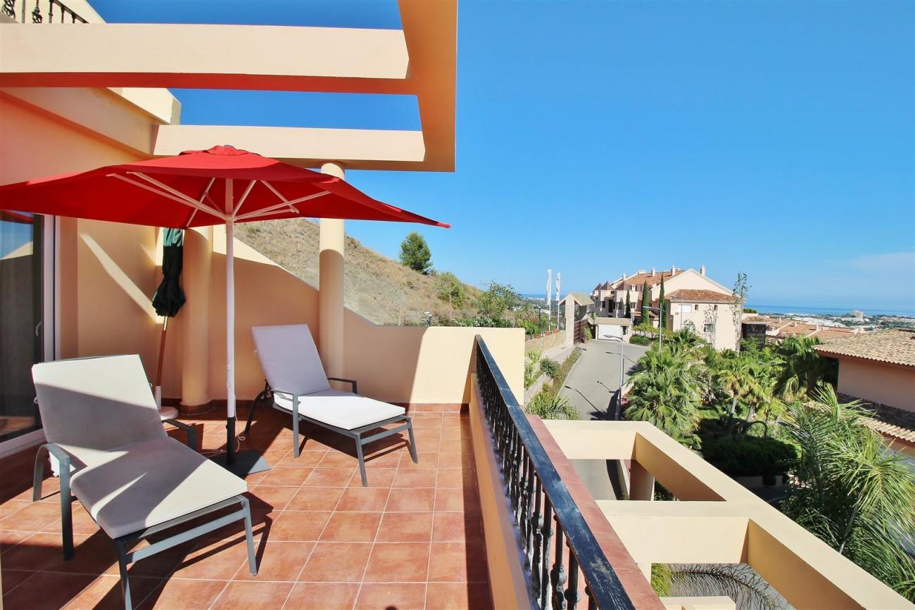 Beautiful 2 Beds Penthouse Duplex for rent Nueva Andalucia Marbella Spain (21) (Large)