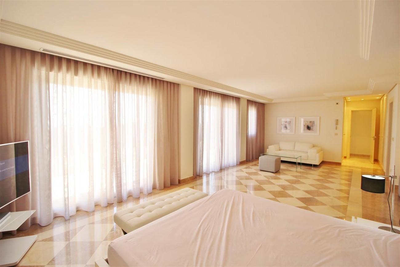 Beautiful 2 Beds Penthouse Duplex for rent Nueva Andalucia Marbella Spain (25) (Large)
