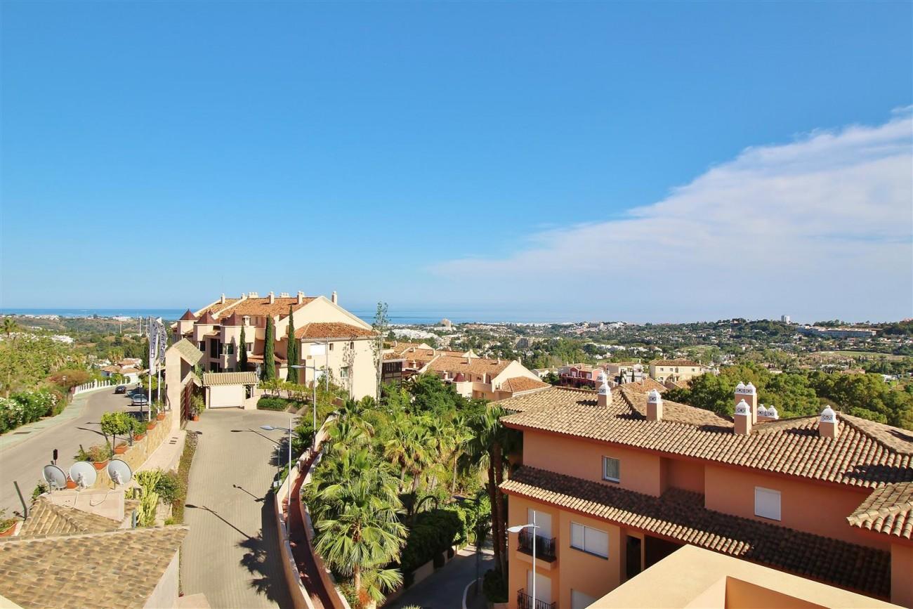 Beautiful 2 Beds Penthouse Duplex for rent Nueva Andalucia Marbella Spain (26) (Large)